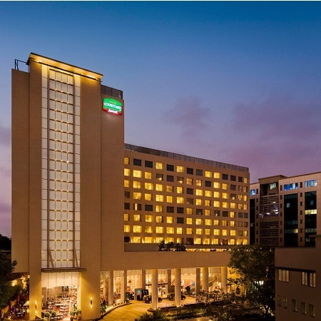 Courtyard by Marriott Mumbai International Airport